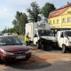 Wypadek trzech samochod�w w Pieszycach